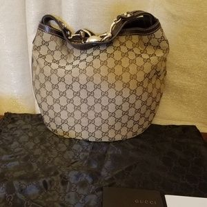 Gucci Horsebit Canvas Medium Wave Hobo
